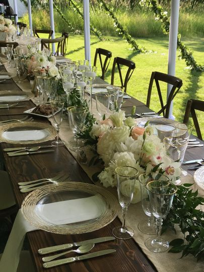 Long table floral design