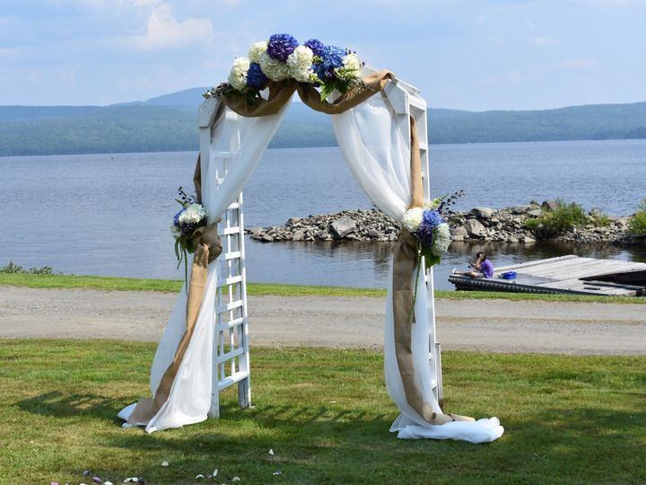 Tmx Dsc 0316 51 1884123 1568301751 Franconia, NH wedding florist