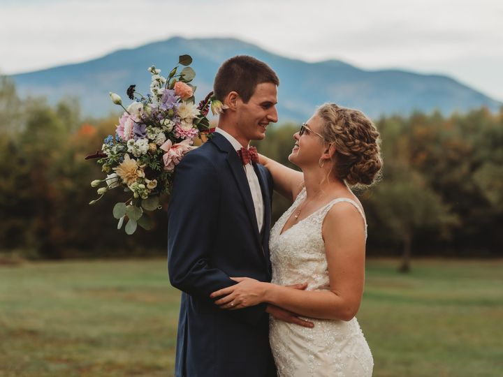 Tmx September Bride 2 51 1884123 157620793440492 Franconia, NH wedding florist