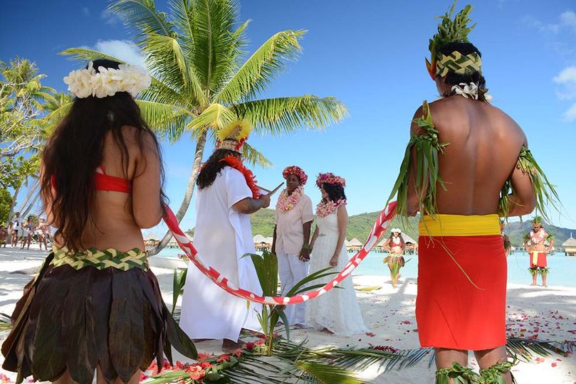 Polynesian ceremony