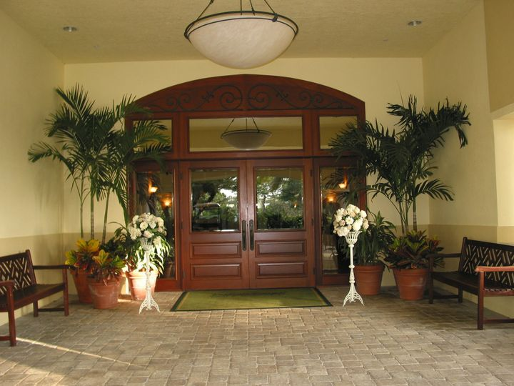 Pelican Sound Golf & River Club entrance