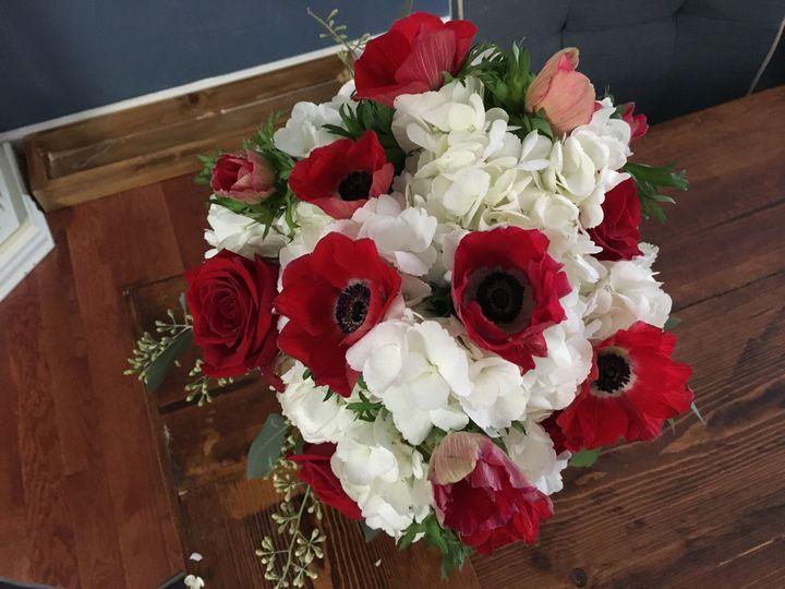 Tmx 1515810454 E00c5b005ed39570 1515810451 C02b698eb2b2ab73 1515810450502 1 IMG 0135 Signal Mountain, TN wedding florist