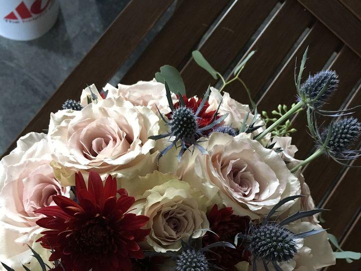 Tmx 1515810502 6421e71ad42fc9b2 1515810500 70c87a332eacec2c 1515810495807 2 IMG 0023 Signal Mountain, TN wedding florist