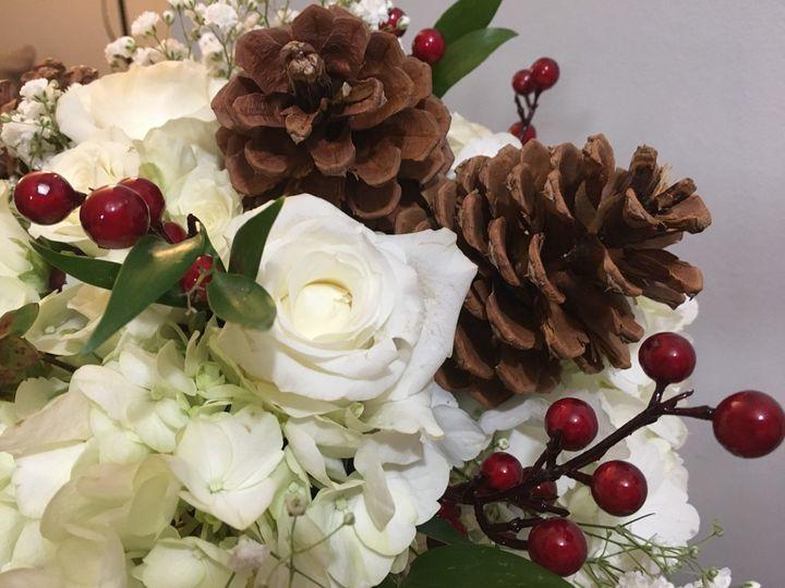Tmx Img 1010 51 716123 157416687018105 Signal Mountain, TN wedding florist