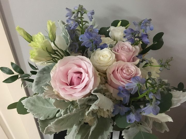 Tmx Img 1484 51 716123 157416648287382 Signal Mountain, TN wedding florist