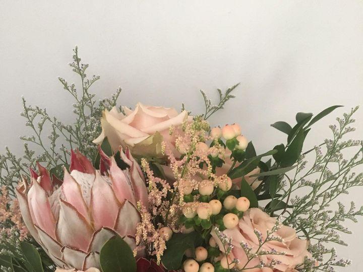 Tmx Img 1537 51 716123 157416638493802 Signal Mountain, TN wedding florist