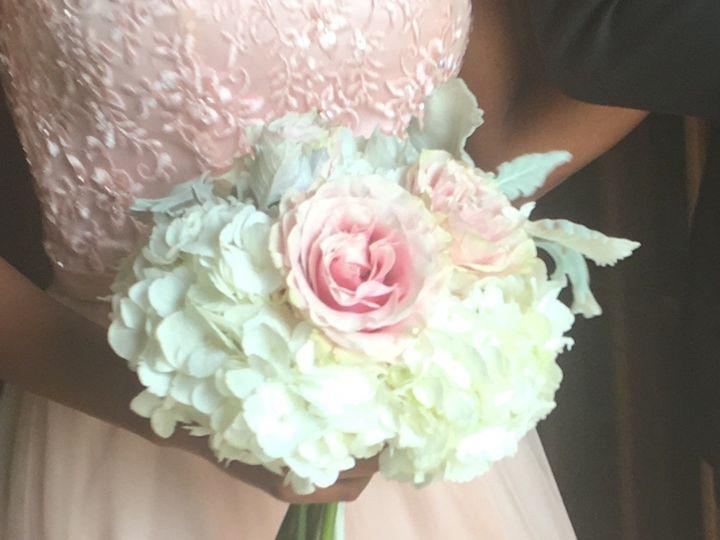Tmx Img E1590 51 716123 157416616477034 Signal Mountain, TN wedding florist