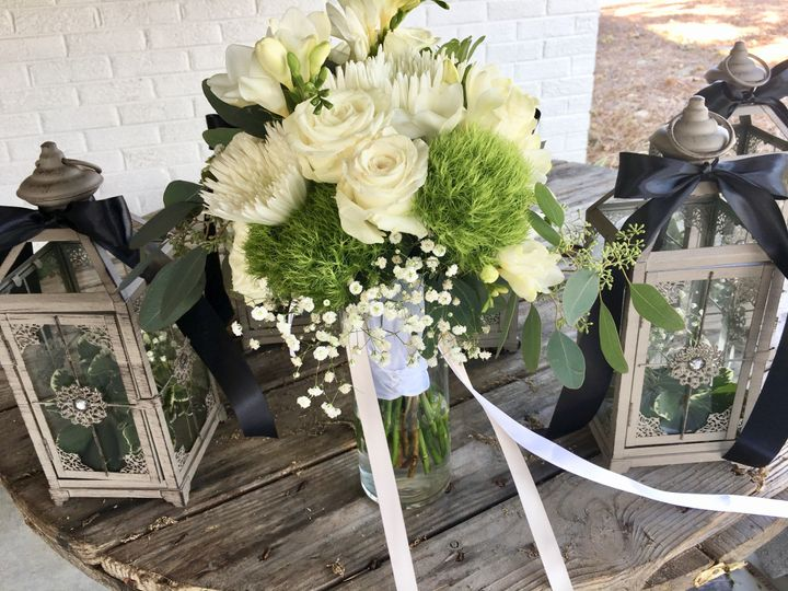 Tmx Img E1759 51 716123 157416615832832 Signal Mountain, TN wedding florist