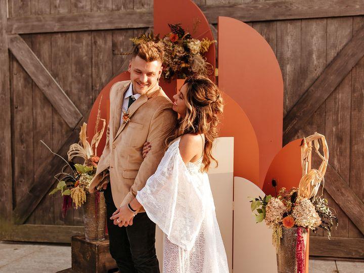 Tmx Yaton 25 Websize 51 1990223 160286780274830 Indianapolis, IN wedding planner