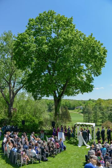Aerial view of Kittle House Jewish wedding ceremony. ©2018 Fort Point Media LLC, All Rights...
