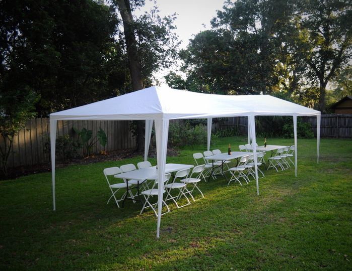 10x30 tent with chairs