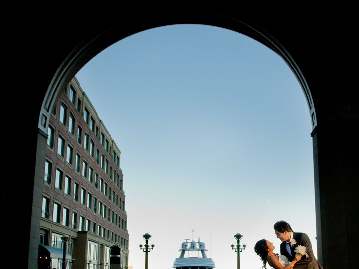 Tmx 1518728447 Cb5c7de4e78c501f 1518728443 73900bddf2a79536 1518728432260 4 Boston Harbor Hote Boston wedding photography