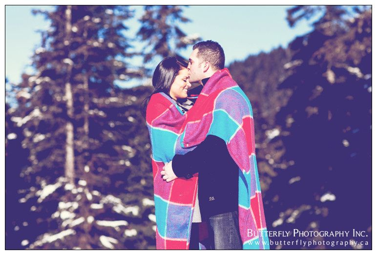 800x800 1399414909341 grousemountainengagementphotography000