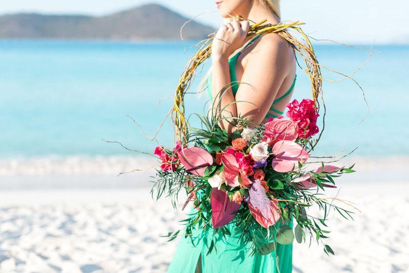 46fde8151c51f7be 1530625014 f5893076471d6638 1530625012318 5 beach wedding sain