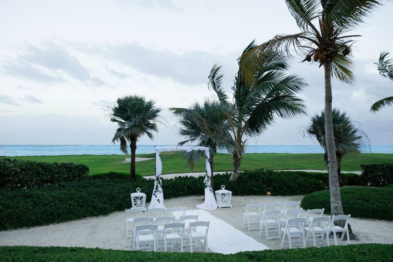 Wedding mansion beach
