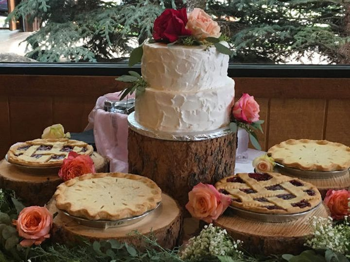 Tmx 1521676155 727f71ded62a96f4 1521676154 6819043f4257ca61 1521676148331 2 Cake And Pie Colorado Springs, CO wedding catering