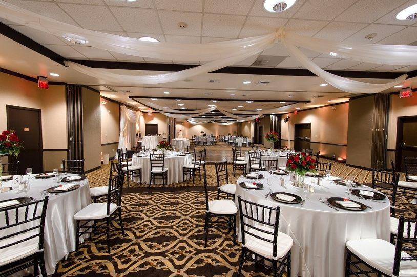anaheim red lion hotel venue anaheim ca weddingwire. Black Bedroom Furniture Sets. Home Design Ideas