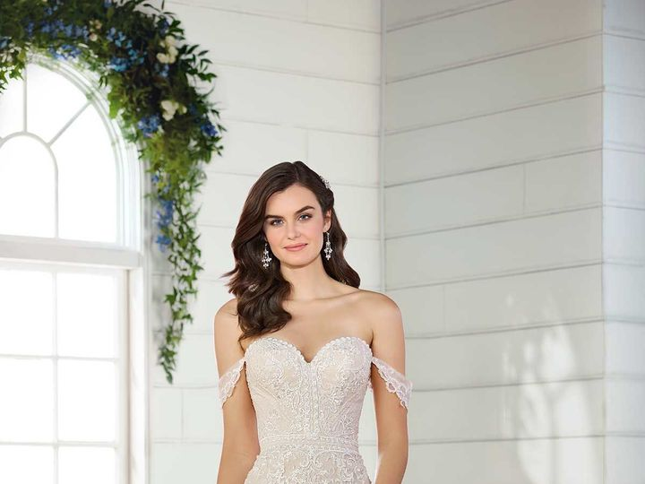 Tmx 1533563667 227b893e2103b7bc 1533563666 18ad1af590a58c93 1533563666344 4 D2525 Sarasota, Florida wedding dress
