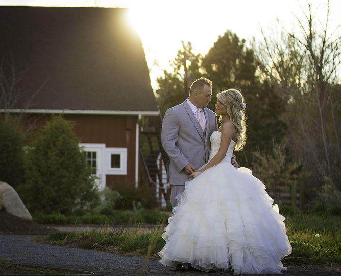 f5b76fc1a652bd5f 1518121863 3dc19820059ae914 1518121863226 8 Wedding Pic1