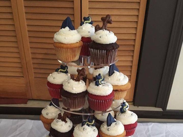 Tmx 1477520503905 13392162102016344337807478870278720363511386o Claremont wedding cake
