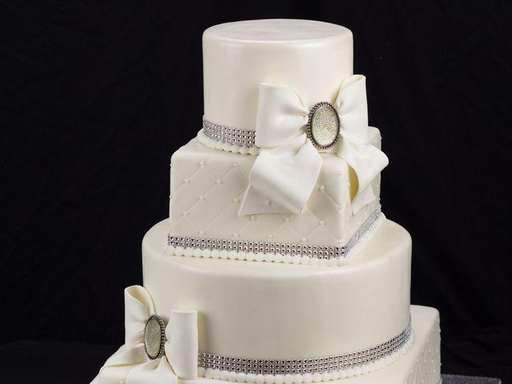 Tmx Watermark Img 1548 51 359223 Springfield, VA wedding cake