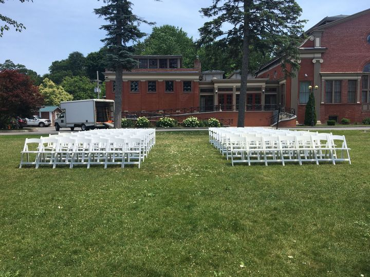 White woods for ceremony