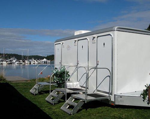 royal restrooms wedding 51 1865323 1569084194