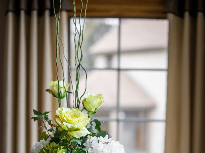 Tmx 1431016121946 Silksandimages3.15 Green12 Saint Paul, MN wedding florist