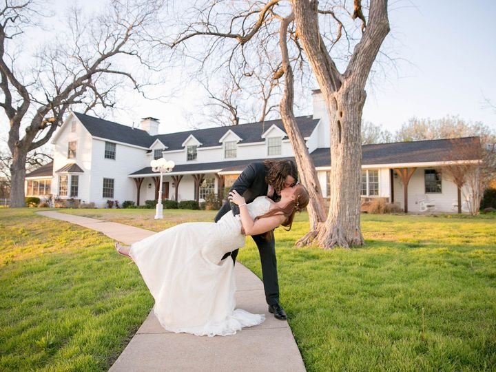 Tmx Meaganmichaelpittard Hoblitzellecampconference Maegann Dal 040 51 1059323 158049066616565 Dallas, TX wedding photography