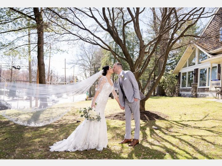 Tmx Img 3832 51 1940423 160814778827858 Carlstadt, NJ wedding planner