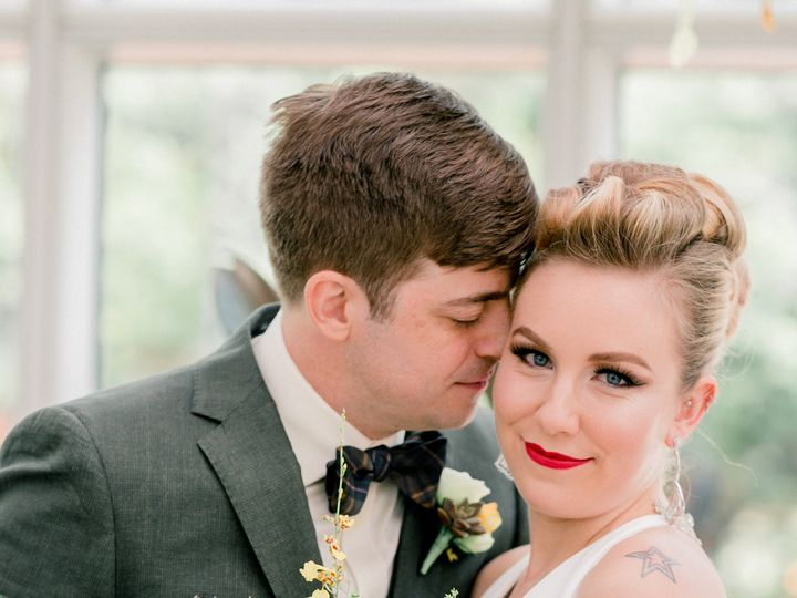 Tmx Mcfadden 35 51 662423 Stewartsville, NJ wedding florist