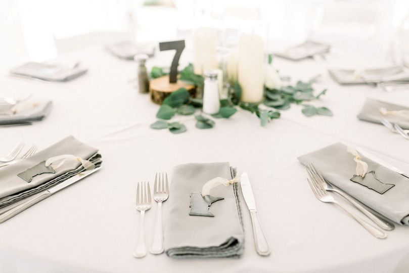 Guest gifts and table numbers