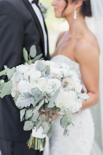 Round white roses