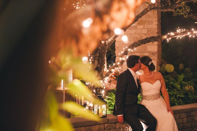 Kiss under the lights