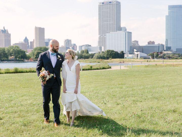 Tmx Ejwedding2020 1170 51 1886423 160209930465373 Milwaukee, WI wedding planner