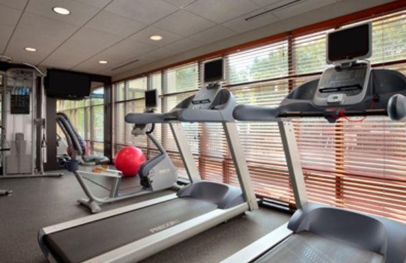 Hampton Inn York gym area