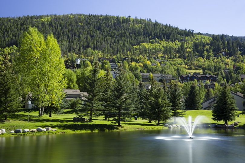 EagleVail is nestled between Vail and Beaver Creek Mountains.  With magnificent views, both indoor...