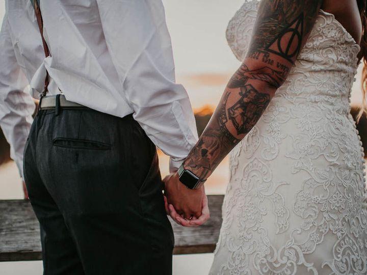 Tmx 1517603097 1b353056a2c61e65 1517603096 Fd6a38bce8453a0e 1517603095869 20 0611 Pm 102217 Te Minneapolis, MN wedding photography