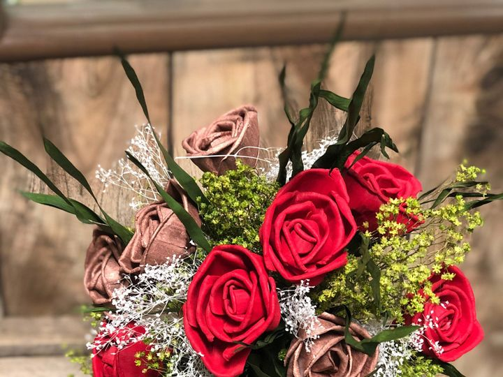 Tmx Img 2230 51 1934523 158820311539463 Farmington, IA wedding florist