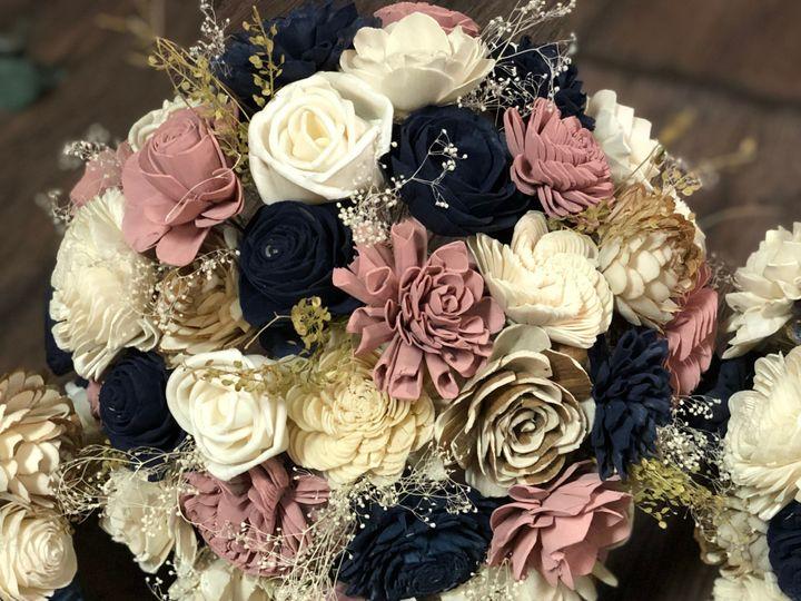 Tmx Img 3158 51 1934523 158820343630704 Farmington, IA wedding florist