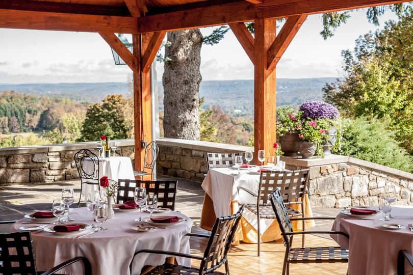 Afternoon receptions allow your guests to enjoy the fabulous views the French Manor location is...