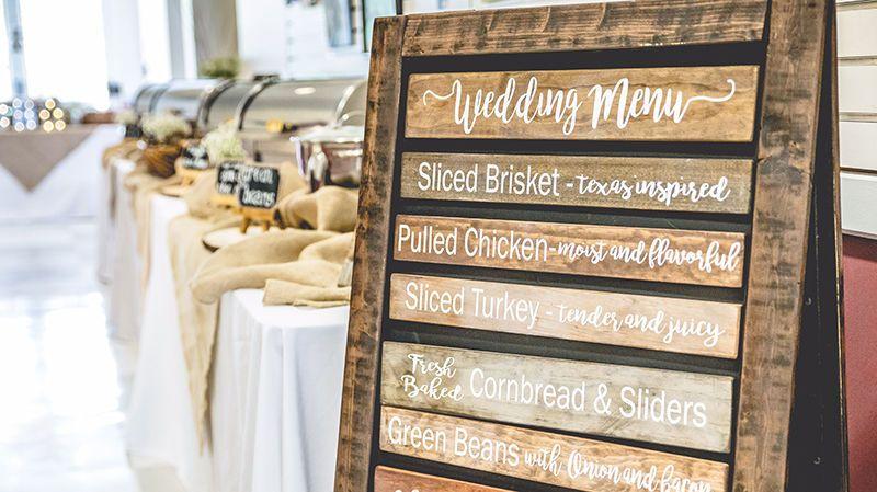 268c7e80b409b31e 1 Wedding menu board 800x450px