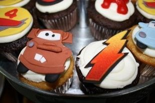 cars themed birthday cupcakes