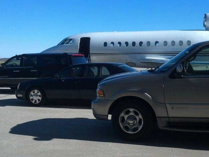 Tmx Kenosha Airport Red Carpet 51 181623 V1 Lake Geneva wedding transportation