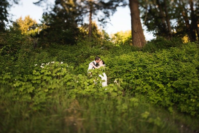 outdoorweddingbridegroomsonjakphotography0565
