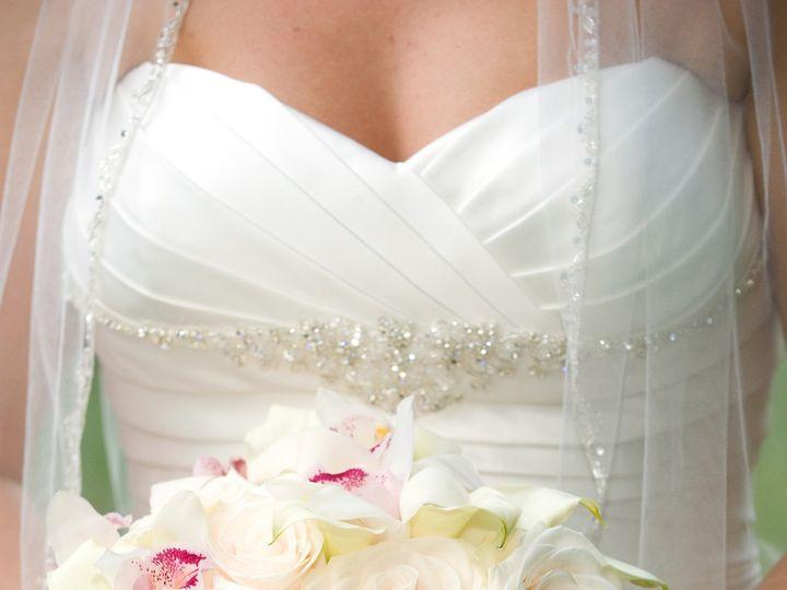 Tmx 1380396901437 Bridebouquet4 Hartland Four Corners wedding dress