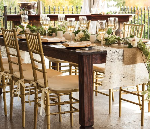 tb gold chi and farm table 51 115623 v1