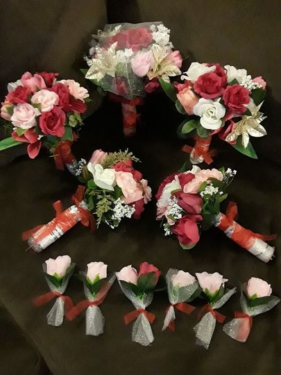 Bouquets and boutonnieres
