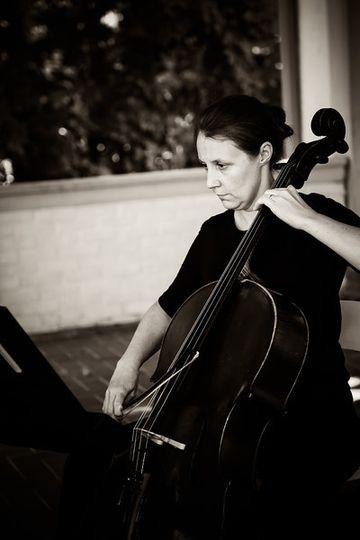 Cellist Villa Terrace