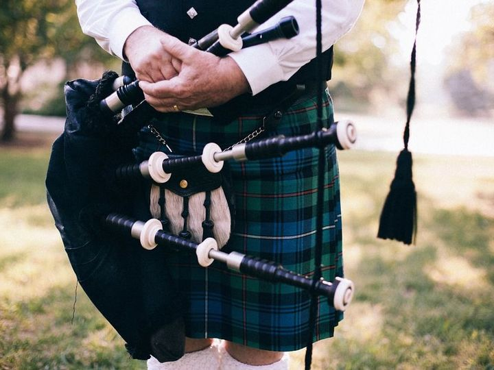 Tmx 1527792324 7bced76c53f0c0ca 1527792323 13c252b5633e3bf6 1527792322539 8 Bagpipe 349717 960 Milwaukee, Wisconsin wedding ceremonymusic